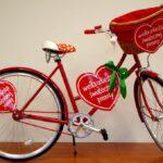 Licytacja WOŚP coraz bliżej. Czerwony rower już czeka!