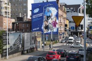 Tarnogórzanin został bohaterem największej muralowej kampanii antysmogowej w Polsce